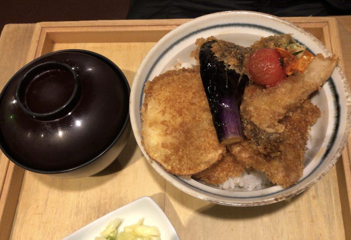新潟タレかつ野菜