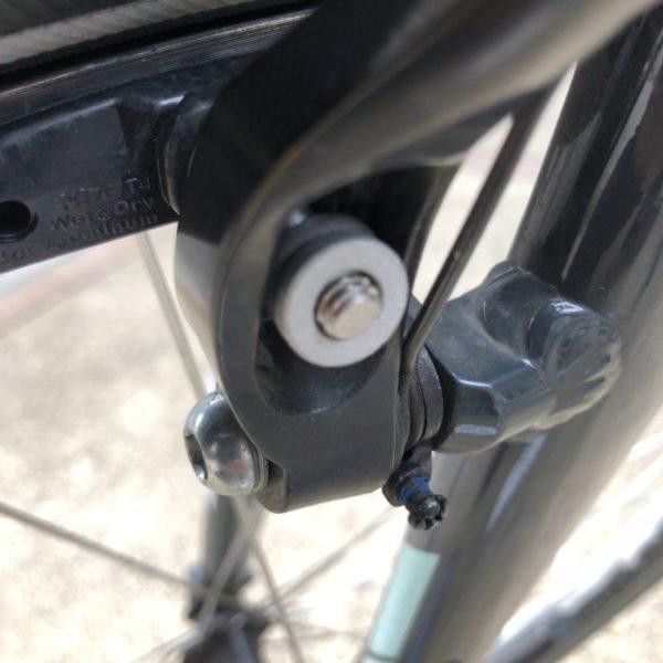 クロスバイクブレーキシュー交換